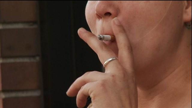 SMOKING Caption