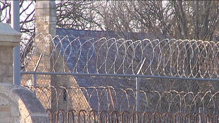 prison wires Caption