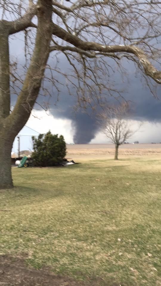 Tornado near Washburn