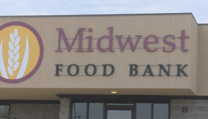 Midwest Food Bank to begin partnership with Heartland Community College