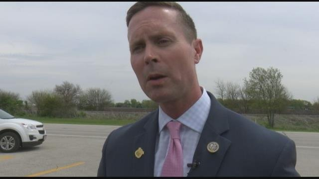 Davis hosts Chairman of House Services Committee in Decatur