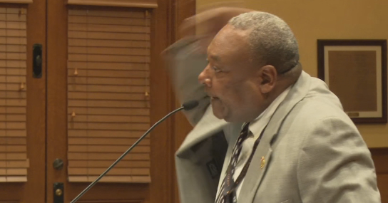 Peoria resident calls out City Council during meeting.