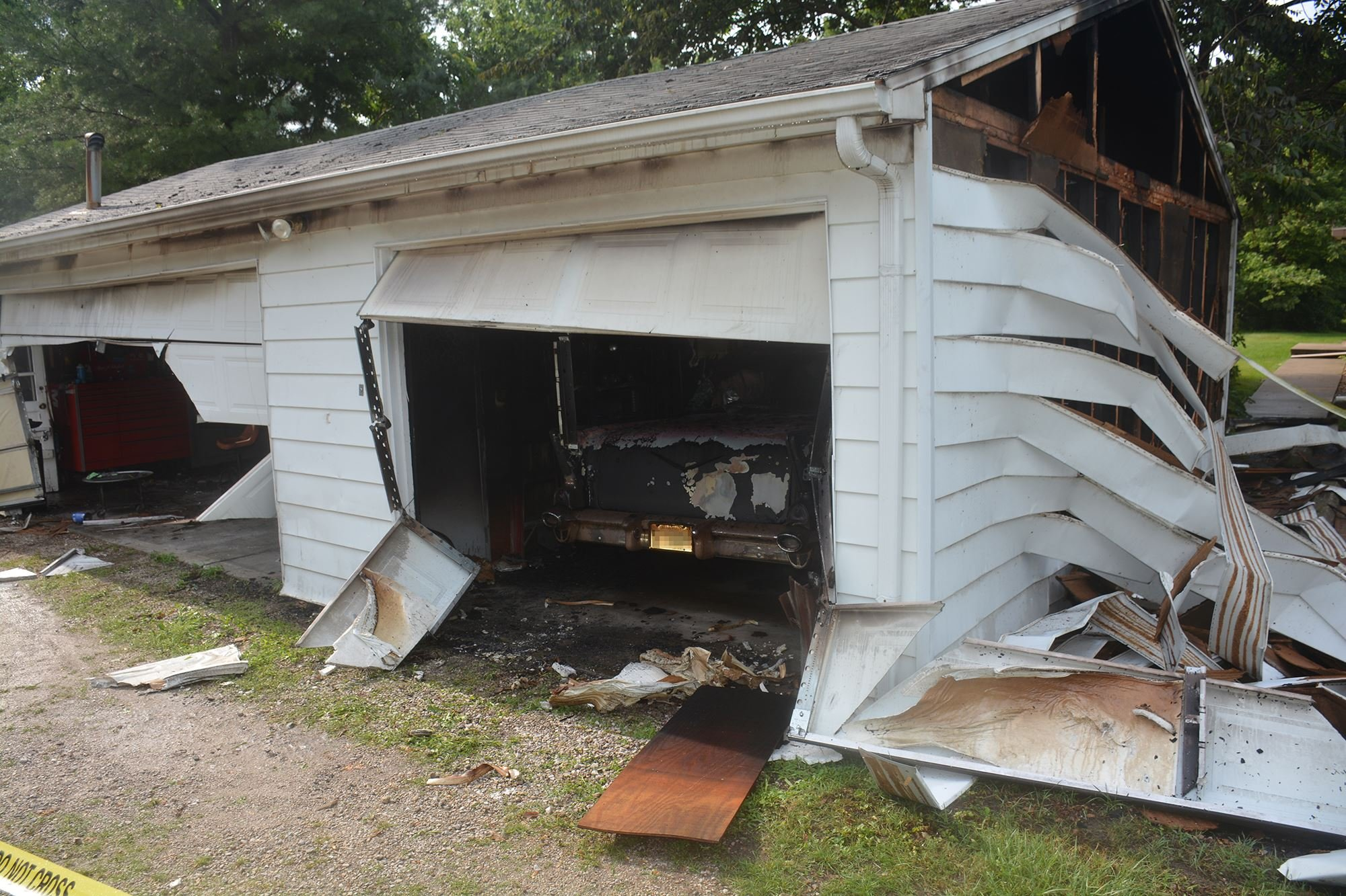 Classic Car Destroyed In Normal Garage Fire Week Com Peoria