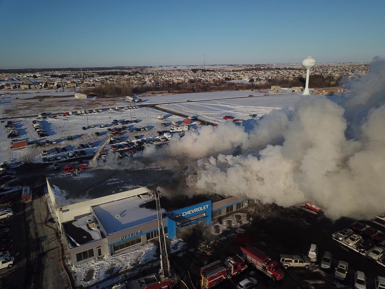 Large fire burns for hours at Uftring Chevrolet in Washington - WEEK